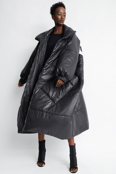 Daleko Queen coat
